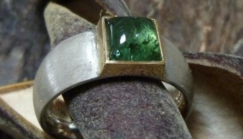 Ring, Turmalin